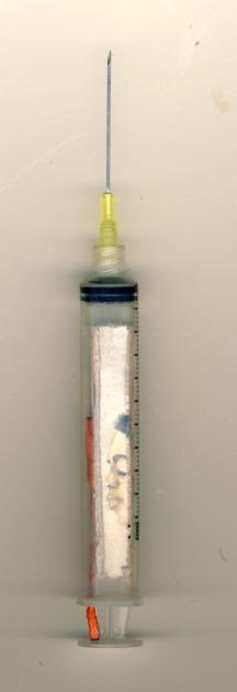 איריס קובליו, צבעי מים מיניאטורה בתוך מזרק, 1996