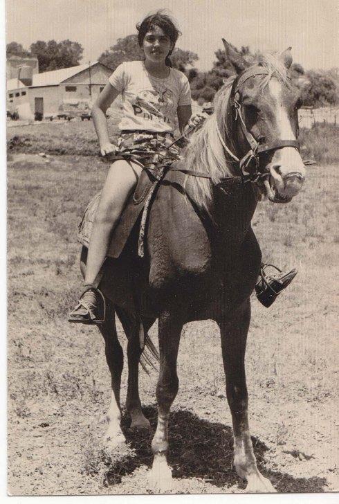 על סוס 2.jpg